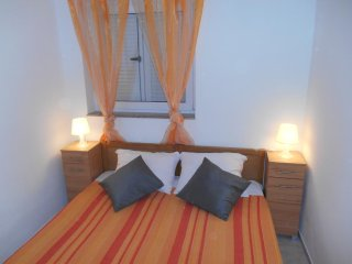 Room Crikvenica (S-12305-a)