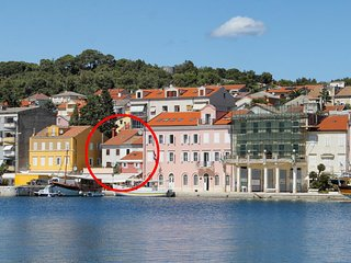 Two bedroom apartment Mali Lošinj, Lošinj (A-12342-a)