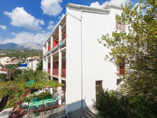 Two bedroom apartment Podgora (Makarska) (A-12326-b)