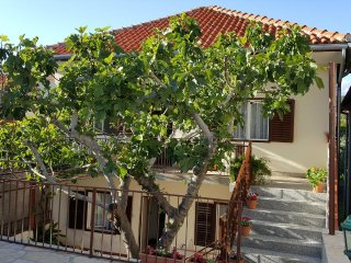 Two bedroom apartment Posedarje (Novigrad) (A-12402-a)