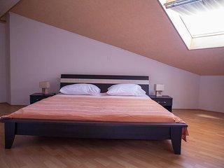 Two bedroom apartment Sukosan, Zadar (A-12313-c)