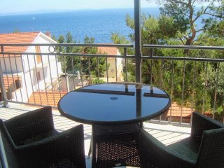 Sveta Nedelja Apartment Sleeps 4 with Air Con - 5463219