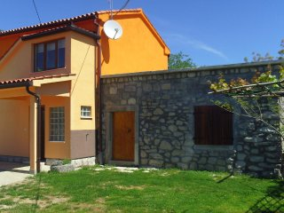 Two bedroom house Presika, Labin (K-12472)