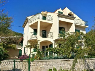 Four bedroom house Poljica (Trogir) (K-12615)