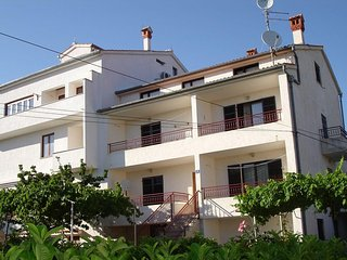 One bedroom apartment Rovinj (A-12656-b)