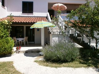 Ferenci Apartment Sleeps 4 - 5471424