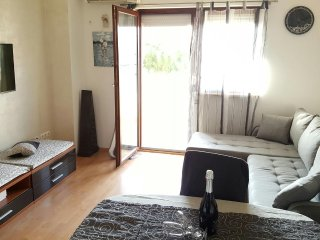 Two bedroom apartment Medulin (A-12713-a)