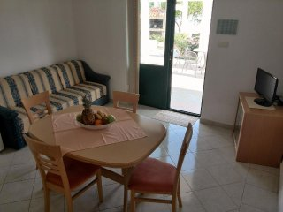 One bedroom apartment Kampor (Rab) (A-12773-e)