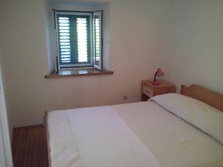 One bedroom apartment Sumartin, Brač (A-11658-b)