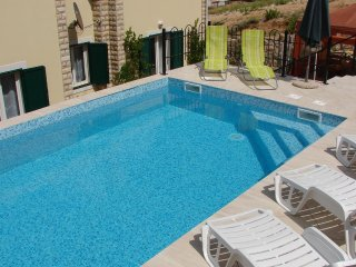 Stari Okic Apartment Sleeps 4 with Pool Air Con and WiFi - 5471477