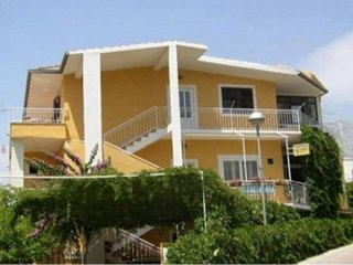 Two bedroom apartment Podgora, Makarska (A-12816-a)