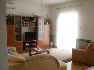 Two bedroom apartment Biograd na Moru, Biograd (A-12829-c)
