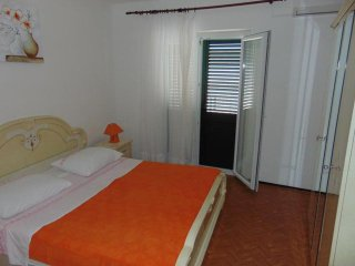 One bedroom apartment Sucuraj, Hvar (A-12887-b)