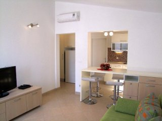 Baska Voda Apartment Sleeps 4 with Air Con - 5471569
