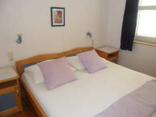 Two bedroom apartment Mandre, Pag (A-13015-b)