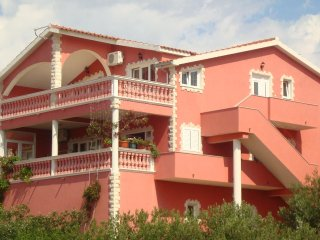 Two bedroom apartment Tribunj (Vodice) (A-13137-a)