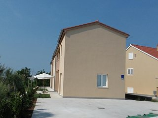 Two bedroom apartment Nin (Zadar) (A-13172-d)