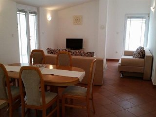 Two bedroom apartment Zaton, Zadar (A-13213-b)