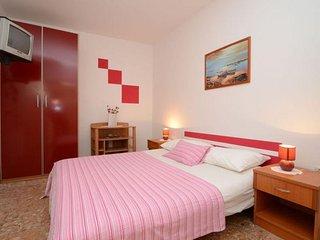 One bedroom apartment Zavalatica, Korčula (A-13091-b)