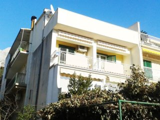 One bedroom apartment Makarska (A-13222-b)