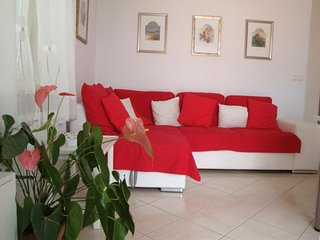 Two bedroom apartment Supetar, Brac (A-13180-d)
