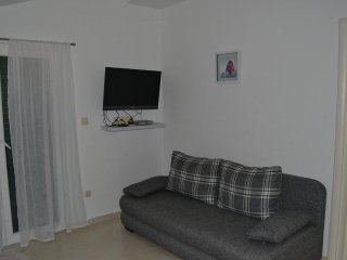Two bedroom apartment Grebaštica (Šibenik) (A-13365-b)