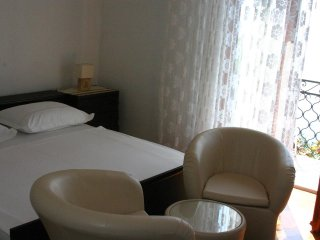 Room Puntinak, Brač (S-12255-b)