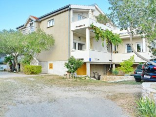 Two bedroom apartment Vrsi - Mulo, Zadar (A-12519-a)