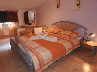 One bedroom apartment Brna, Korcula (A-13492-d)