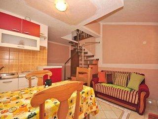 One bedroom apartment Fažana (A-13742-c)