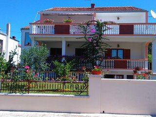 One bedroom apartment Biograd na Moru, Biograd (A-13765-a)