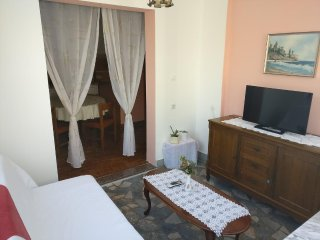 Two bedroom apartment Biograd na Moru, Biograd (A-13765-b)