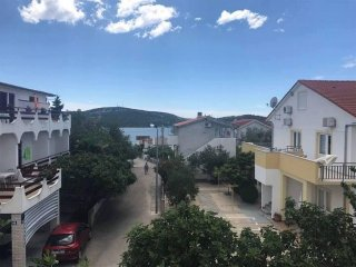 One bedroom apartment Pirovac (Sibenik) (A-13977-b)