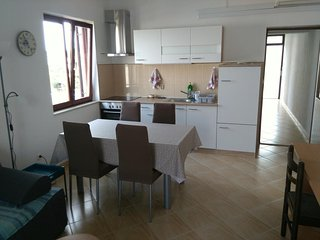 Smiric Apartment Sleeps 4 with Air Con - 5472241