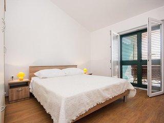 One bedroom apartment Grebaštica, Šibenik (A-11572-c)