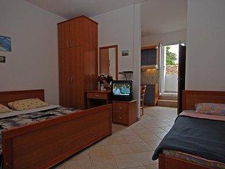 Studio flat Kali, Ugljan (AS-14083-a)