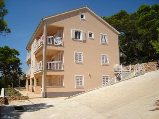 One bedroom apartment Sveta Nedilja (Hvar) (A-14086-c)