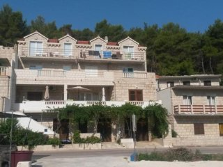 One bedroom apartment Povlja, Brač (A-14126-a)