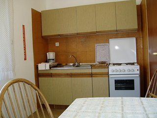 Two bedroom apartment Banjol, Rab (A-14138-b)