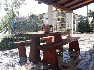 Zbandaj Apartment Sleeps 3 with Pool Air Con and WiFi - 5472374