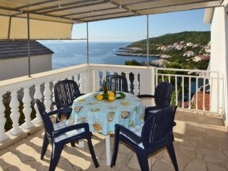 Zavalatica Apartment Sleeps 5 with Air Con and WiFi - 5472408