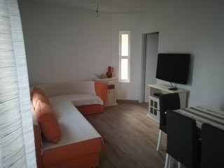 Two bedroom apartment Mimice, Omis (A-14230-b)