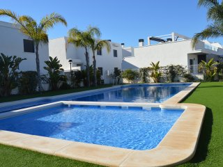 Luxury Modern 3 bed Townhouse in Lomas de Cabo Roig