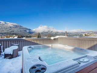 Stunning Suite with AMAZING LOCATION and Personal Hot Tub + Balcony!
