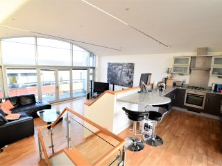 View Point - Stunning 2 bedroom apartment