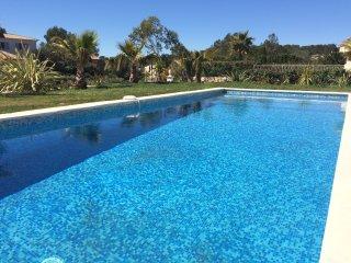 St Raphael, villa standing grande piscine au calme