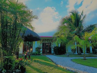 1BD CASA ROYALE - BEAUTIFUL ONE BEDROOM WITH POOL IN COROZAL