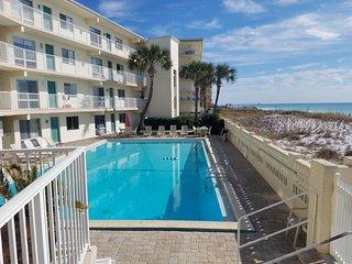 Aqua villa beach getaway unit 202