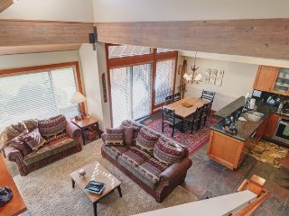 Whistler Montebello 3 Bedroom Townhome with Private Hot Tub