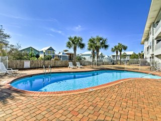 NEW! 3BR Seagrove Beach Condo Short Walk to Beach!